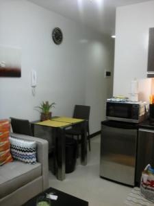 SoleMare Parksuites LuxSensa, Appartamenti  Manila - big - 24