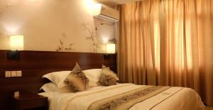 Кигали - Dmall Hotel