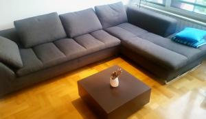 City Center Apartment with parking - фото 4