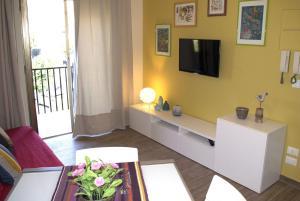 Appartamento Scorcio di Mare, Апартаменты  Ачи Костелло - big - 3