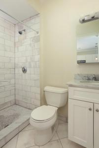 14 Gloucester St #4A by Lyon Apartments, Apartmány  Boston - big - 10