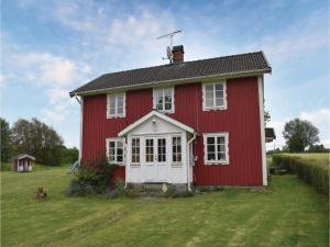 Four Bedroom Holiday Home in Lammhult