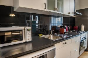 Stylish One Bedroom Flat - Soukenická 3, Ferienwohnungen  Prag - big - 25
