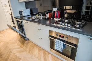 Stylish One Bedroom Flat - Soukenická 3, Ferienwohnungen  Prag - big - 36