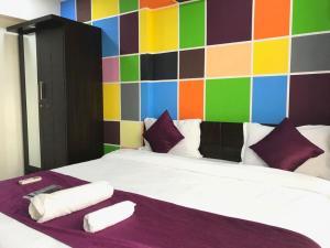 Executive Highrise - 2 Bhk Services Apartment, Апартаменты  Мумбай - big - 19