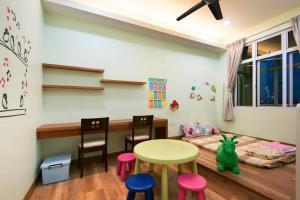 Zan Pavillon Spacious & Natural Stay, Apartmanok  Bayan Lepas - big - 11