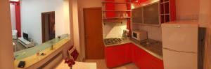 Red Flat, Apartmanok  Bukarest - big - 4