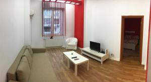 Red Flat, Apartmanok  Bukarest - big - 8