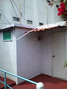 florida cuartos amueblados independientes clima centricos ubicados, Апартаменты  Вильяэрмоса - big - 4