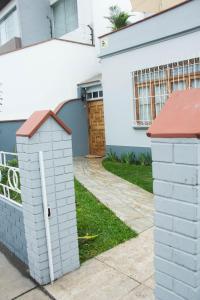 El Rosal, Ferienwohnungen  Lima - big - 29