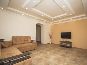 Sweet Home, Apartmány  Yerevan - big - 36