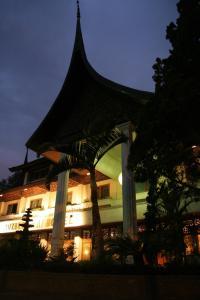 Royal Denai Hotel