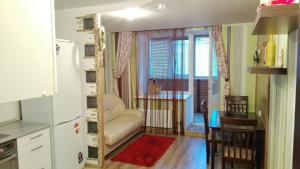 Apartment Antonova-Ovseenko 31