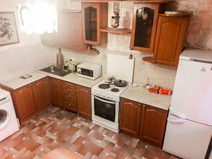 Apartment on Vladimira Nevskogo 19, Apartmány  Podgornoye - big - 1