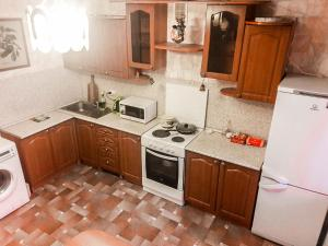 Apartment on Vladimira Nevskogo 19, Apartmanok  Podgornoje - big - 1