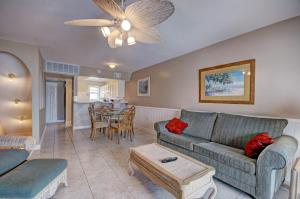 Gulf Sands East Unit 5 - Miramar Beach Townhouse, Prázdninové domy  Destin - big - 11