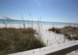 Gulf Sands East Unit 5 - Miramar Beach Townhouse, Nyaralók  Destin - big - 3
