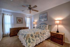 Gulf Sands East Unit 1 - Miramar Beach Townhouse, Ferienhäuser  Destin - big - 8