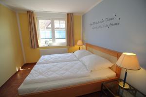 Ferienwohnung Kranichglück, Апартаменты  Neddesitz - big - 9
