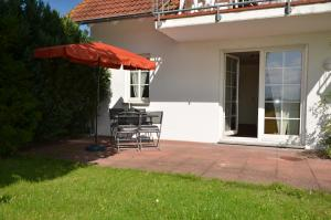 Ferienwohnung Kranichblick, Апартаменты  Neddesitz - big - 1