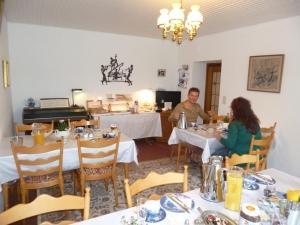 Haus Hanjopkes, Penziony  Winterberg - big - 164