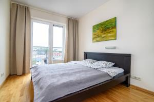 Apartment close to the Cathedral, Апартаменты  Вильнюс - big - 2
