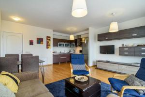 Apartment close to the Cathedral, Апартаменты  Вильнюс - big - 4
