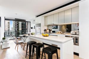COMPLETE HOST Rose Lane CBD, Apartmány  Melbourne - big - 15