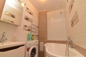 Apartamienty na prospiektie ULY DALA, 11/1, Appartamenti  Taldykol' - big - 2