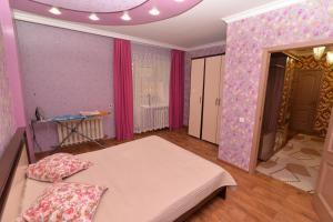 Apartamienty na prospiektie ULY DALA, 11/1, Appartamenti  Taldykol' - big - 16