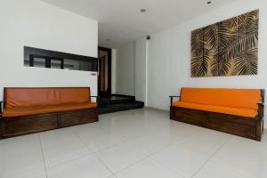 RedDoorz Plus @ Pasar Baru, Pensionen  Jakarta - big - 18