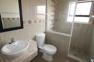 Saints View 406, Apartmány  Uvongo Beach - big - 7