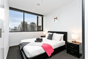 COMPLETE HOST Rose Lane CBD, Апартаменты  Мельбурн - big - 26