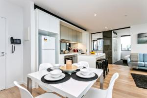 COMPLETE HOST Rose Lane CBD, Apartmány  Melbourne - big - 29