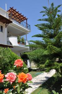 Efi & Zoi Apartments