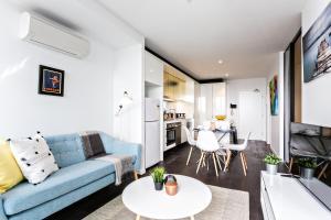 COMPLETE HOST Rose Lane CBD, Apartmány  Melbourne - big - 38