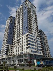 Pirosmani 18 Apartment, Ferienwohnungen  Batumi - big - 1