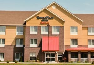 Nearby hotel : TownePlace Suites by Marriott Vincennes