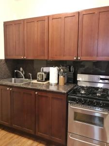 Historic Apartment with Private Entry, Apartmanok  Boston - big - 7