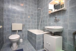Apartment Sveti Petar 3251a, Apartmány  Sveti Filip i Jakov - big - 13