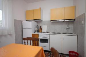 Apartment Sveti Petar 3251a, Apartmány  Sveti Filip i Jakov - big - 12