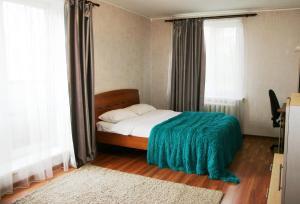 Apartments on Parizhskoy Kommuny 50