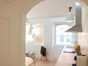 A + B Almedina: Amazing Duplex Apartment.  Foto 13