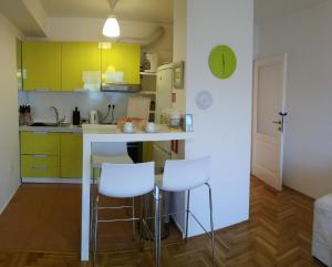 Modern Warm Apartment in Sarajevo - фото 9