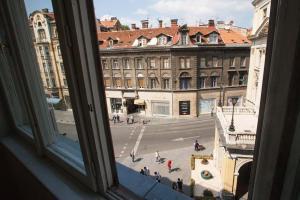Epicenter Apartment - фото 9