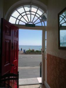 The Langham, Bed & Breakfasts  Weymouth - big - 51