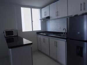 Espectaculares Vistas, Edificio Nautilus, Barrio El Laguito., Апартаменты  Картахена - big - 12