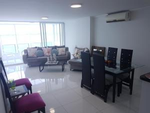 Espectaculares Vistas, Edificio Nautilus, Barrio El Laguito., Апартаменты  Картахена - big - 11