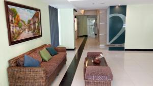 La Guardia Flats 2 - 802, Hotel  Cebu City - big - 3