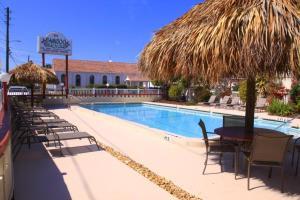 Bamboo Beach Club, Apartments  Clearwater Beach - big - 1
